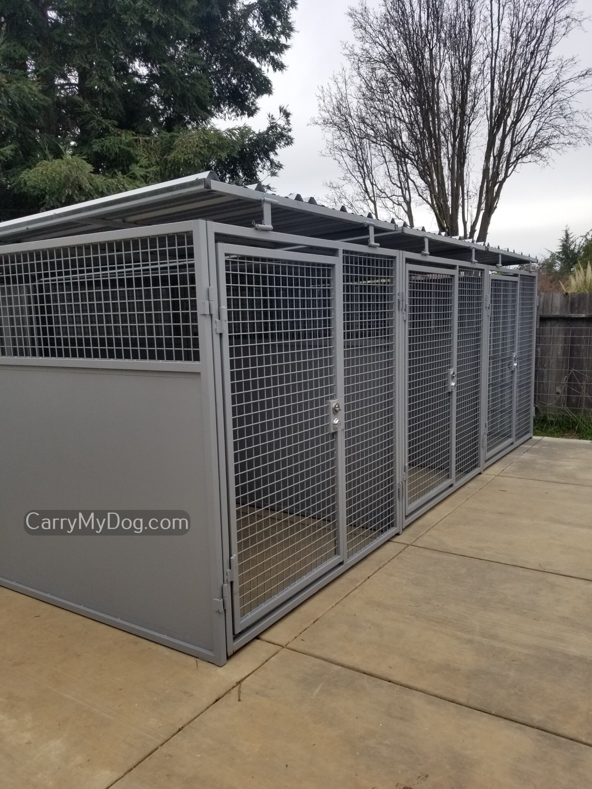 Outdoor Kennels & Runs by Xtreme Dog Crate from carrymydog.com