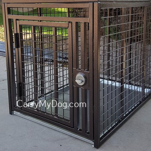 Xtreme-heavy-duty-dog-crate-from-carrymydogdotcom